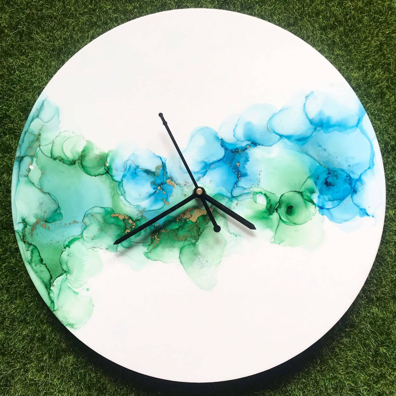 Picture of Magic Alcohol Ink Clock