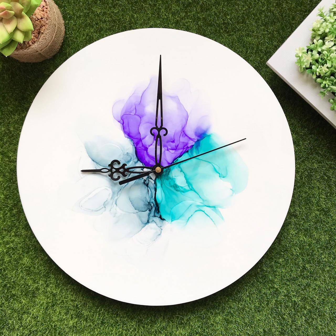 Picture of Serene Alcohol Ink Clock