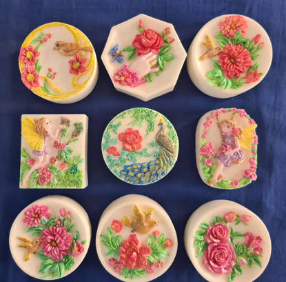 Picture of Soap Bars with handpainted micas