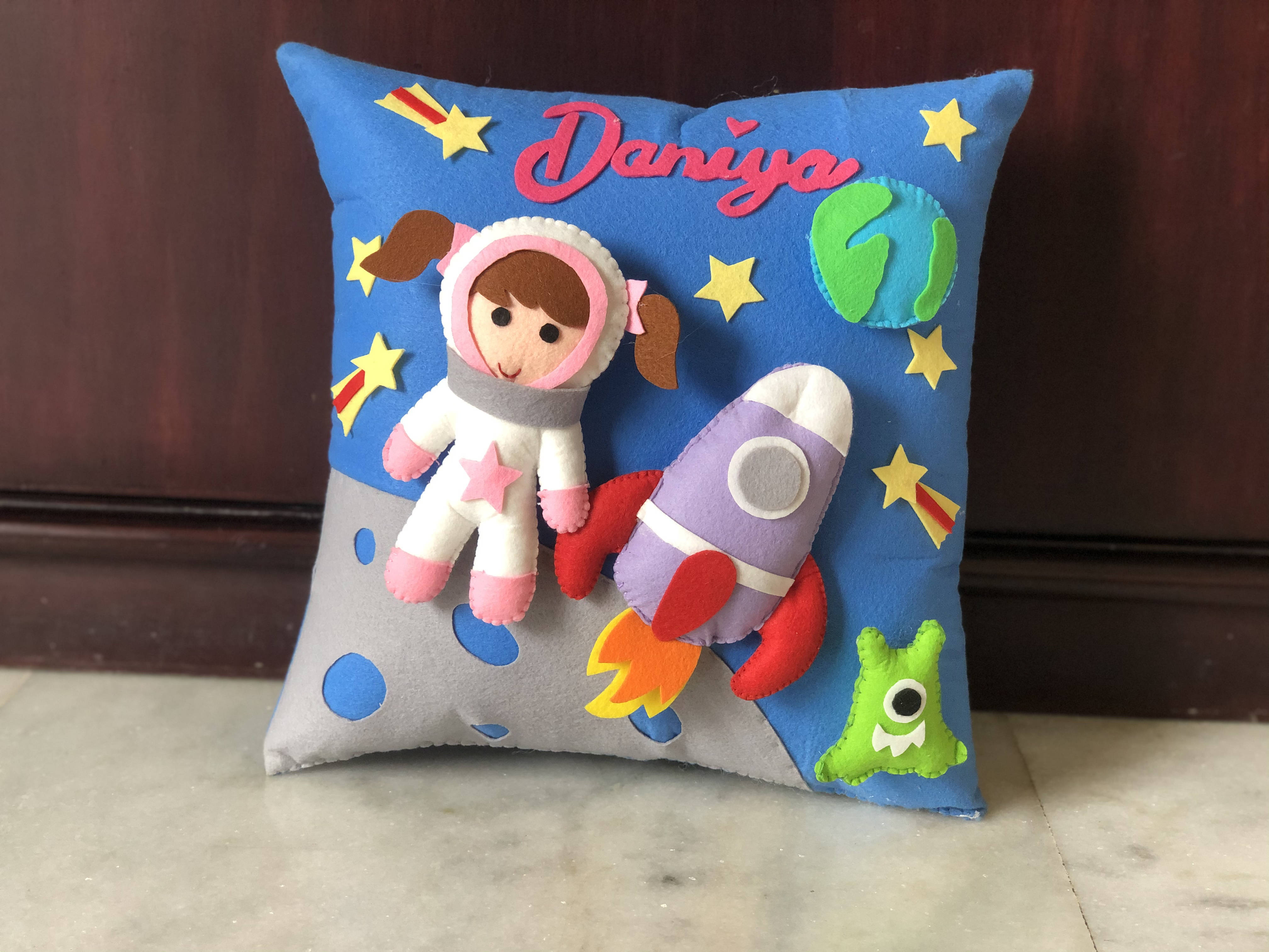 Picture of 3D  Astronaut Pillow