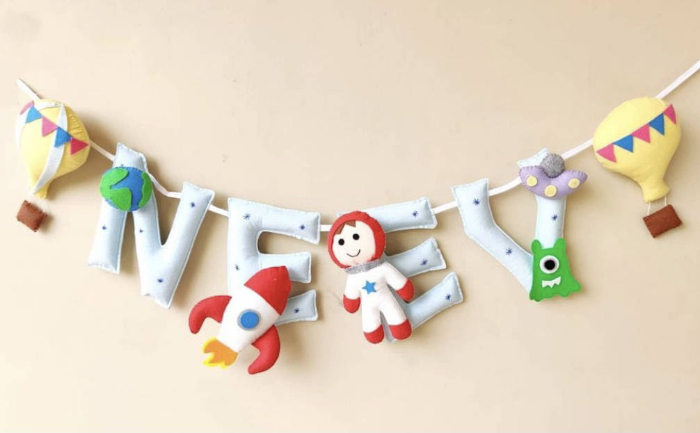 Picture of Astronaut Name Bunting