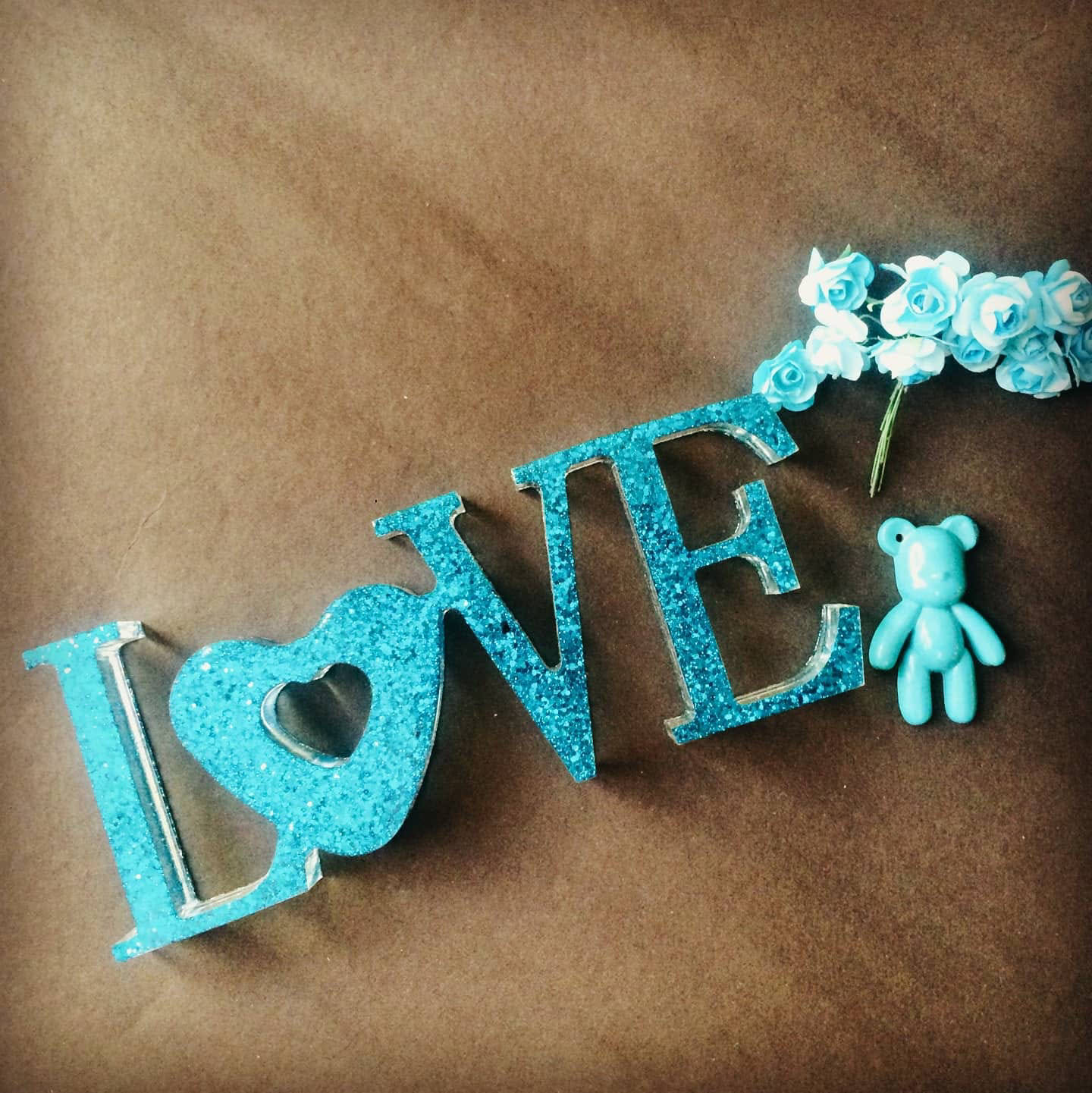 Picture of Sparkly Resin Love Sign