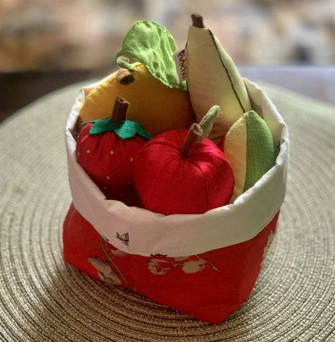 Picture of Fruit basket with 5 fruits soft toy